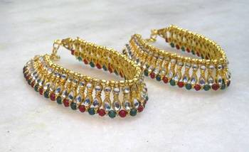 Delicate kundan and crystal bead payal