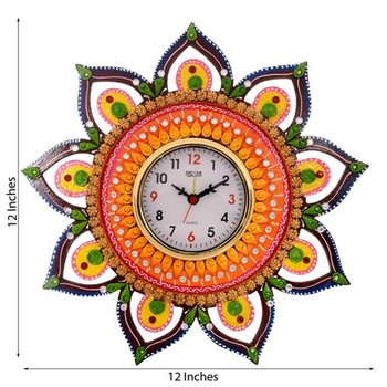Decorative and Glossy Papier-Mache Wooden Wall Clock