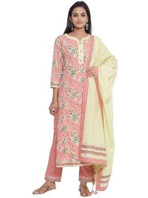 F Women's Cotton Cambric Floral Printed Straight Kurta Pant Dupatta Set (Peach)