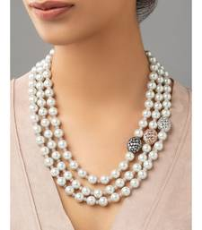 White bright necklace with shell pearl drops.
