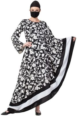 Musheco-Unique Design Of Modest Dress In Black & White-Not An Abaya