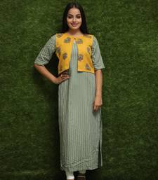 Women Light Green Kurti With Yellow Jakcet