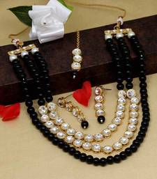 Black necklace-sets