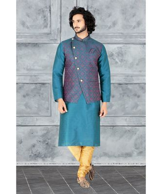 Fashion Curries Mens rama greenpoly silk   kurta set with rama green  jacquard  jacket with stone buttons
