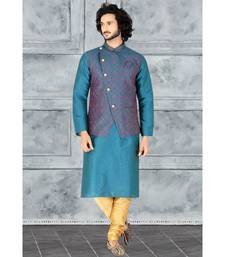 Fashion Curries Mens rama greenpoly silk   kurta set with rama green  jacquard  jacket with stone buttons