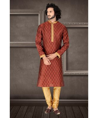 maroon   jaqurd kurta set with  red  running stich embroidery on jabbapatti and collar  and sleeveswith gundi buttons