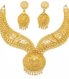 Piah Fashion Alloy Necklace set   ethnic jewellery  For Women  (Gold)