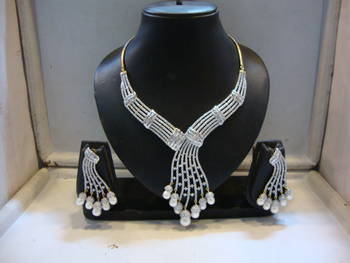 Design no. 12.1516....Rs. 10850
