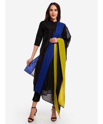 A Desi Weavess,color blocked ,ganga jamuna ,  with royal blue and limegreen