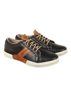 Vardhra Men's Black Synthetic Leather Party Outdoor Casual Shoes