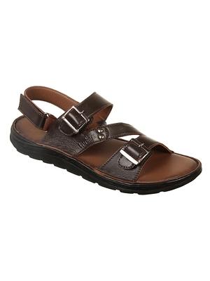 Vardhra Men's Brown Genuine Leather Casual Sandal