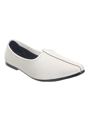 Vardhra Men's White Genuine Leather Casual Mojaris/Jutti