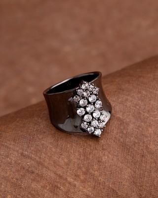 Women's Lightly Embellished Trendy Ring