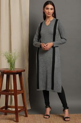 Janasya Women's Grey Woolen Kurta
