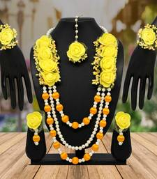 Yellow necklace-sets