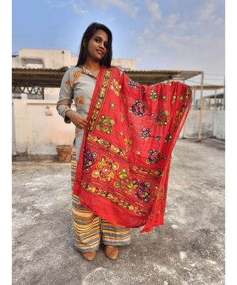 Red Color Foil Mirror Work Hand Embroidery Cotton Dupatta