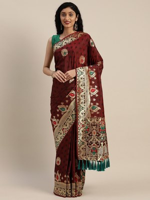 VASTRANAND Brown & Black Silk Blend Woven Design Kanjeevaram Saree
