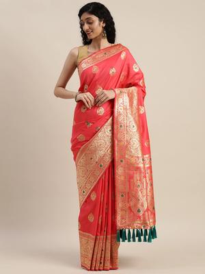 VASTRANAND Pink & Golden Silk Blend Woven Design Kanjeevaram Saree