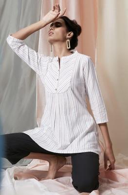 White woven cotton tunics