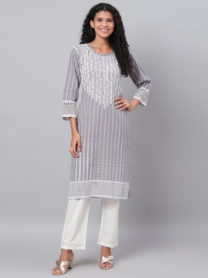 Myshka Women's Grey Embroidrey 3/4 Sleeve Cotton Round Neck Casual Kurta