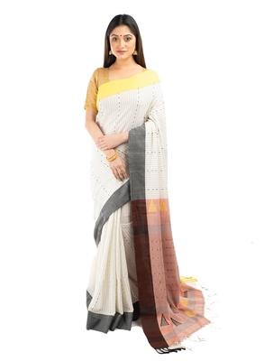Bunkaari India Women Cotton Blend Jamdani Kaantha saree