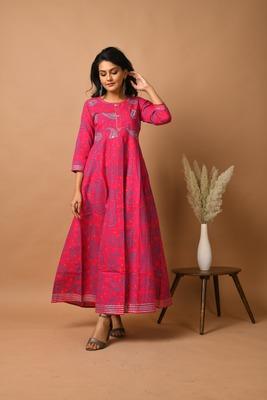 KAAJH Pink Floral Printed Cotton Anarkali Kurta