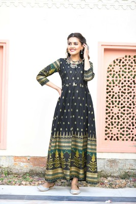 Black printed cotton long-kurtis