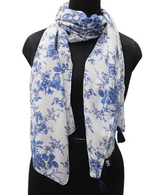 DesiButik Trends Beautiful Muslin Fabric White  Printed women scarf/Stoles With Tassels