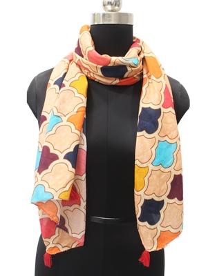 DesiButik Trends Divine Muslin Fabric Multicolor Printed women scarf/Stoles With Tassels