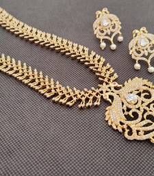White south-indian-jewellery