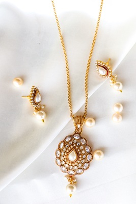 Gold Plated stone Pendant necklace sets