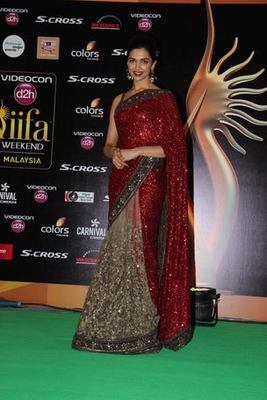d6122a1db748fd Deepika IIFA 2015 Red and beige embroidered Georgette and net saree with  blouse - SILONS DESIGNER SAREES - 478908