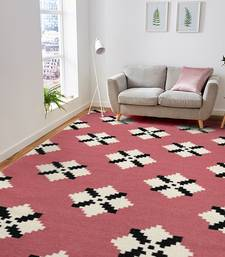 Saraswatii Global Rug 5'x8' Pink for luxurious home interior d  cor | Bedroom rugs