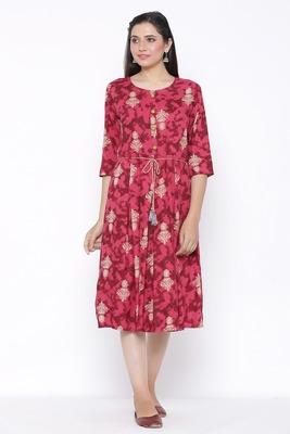 THIAB Womens Rayon Printed Flared Dress (Red)