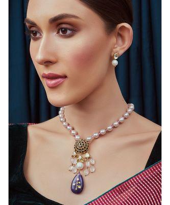 Pink White Blue Gold Tone Necklace Set