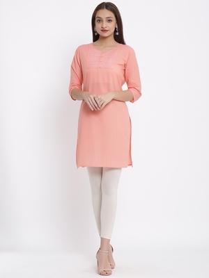 DAAVI Womens Cotton Embroidered Straight Kurta (Peach)