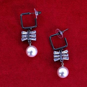 Black STYLISH Designer Earrings White Pearl