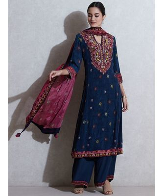 V-Neck with Placket 3/4 Sleeves Kurta With Pant And Dupatta