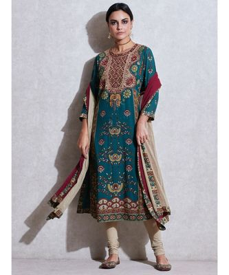 Round Neck 3/4 Sleeve Long Printed Embroidered Kurta With Legging And Dupatta