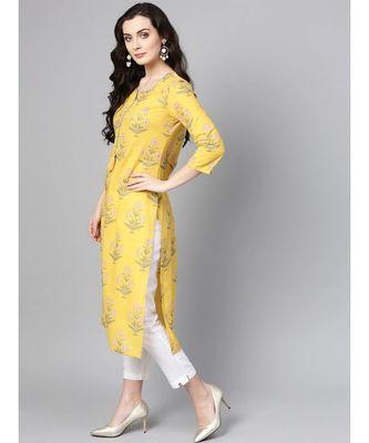 Varanga Women Yellow & Green Floral Print Straight Kurta