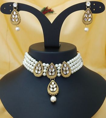 Gold Plated Crystal   Pearl Flower Choker Necklace With Earrings Jewellery Set For Womens   Girls