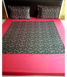 Sanwariya Handstitched 300TC Cotton Fitted King Size Bedsheet With 2 Pillow Covers