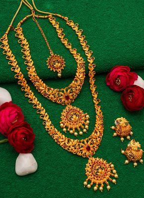 antique gold Alloy necklace sets
