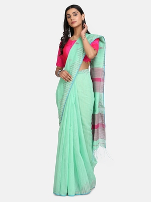 Olive Triangle Design Hand Weaven Cotton Silk Handloom Saree With Blouse