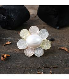 pearl flower design cocktail ring