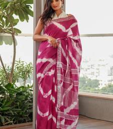 Wine and white leheriya tie dye slub cotton saree with zari border along with blouse