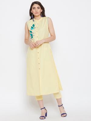 Women Embroidered Kurta Pant Set