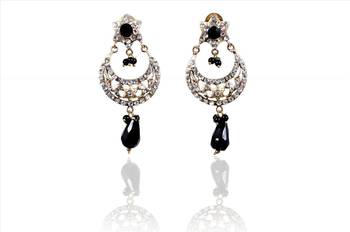 Buy ethnic  fashion earrings