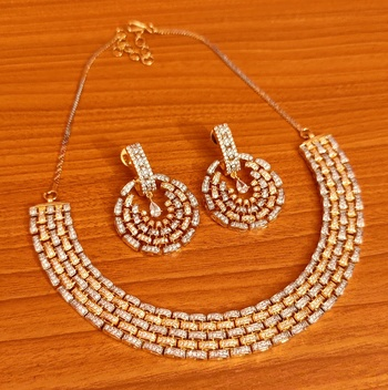 White necklace-sets