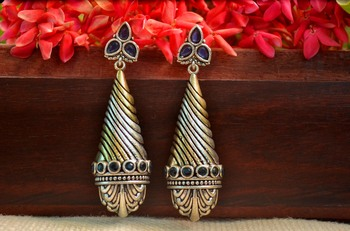 Blue onyx danglers-drops Dual Tone stud earring